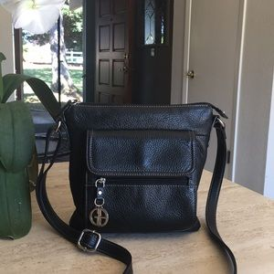 🍒GIANI BERNINI Black Pebble Leather Crossbody Bag